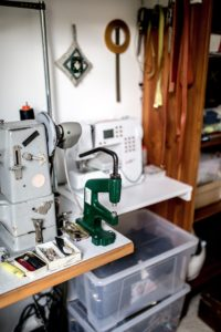 Alex Bender riveting machine for handbag production picture by Jules Villbrandt