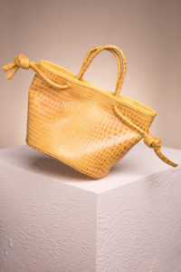 crossbody bag_bucket plus bag_OchreYellow_Ruigrok van der Werven