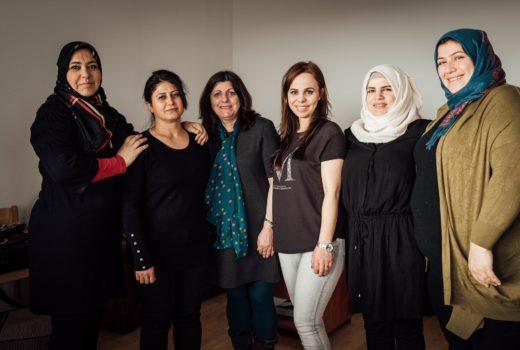 Refugee Women making handbags_Workshop